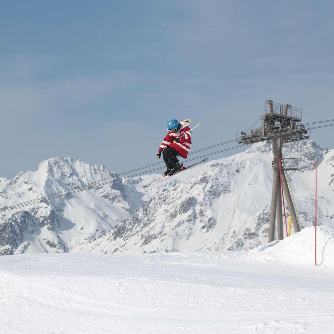 Efterskole, Ski, Image Article