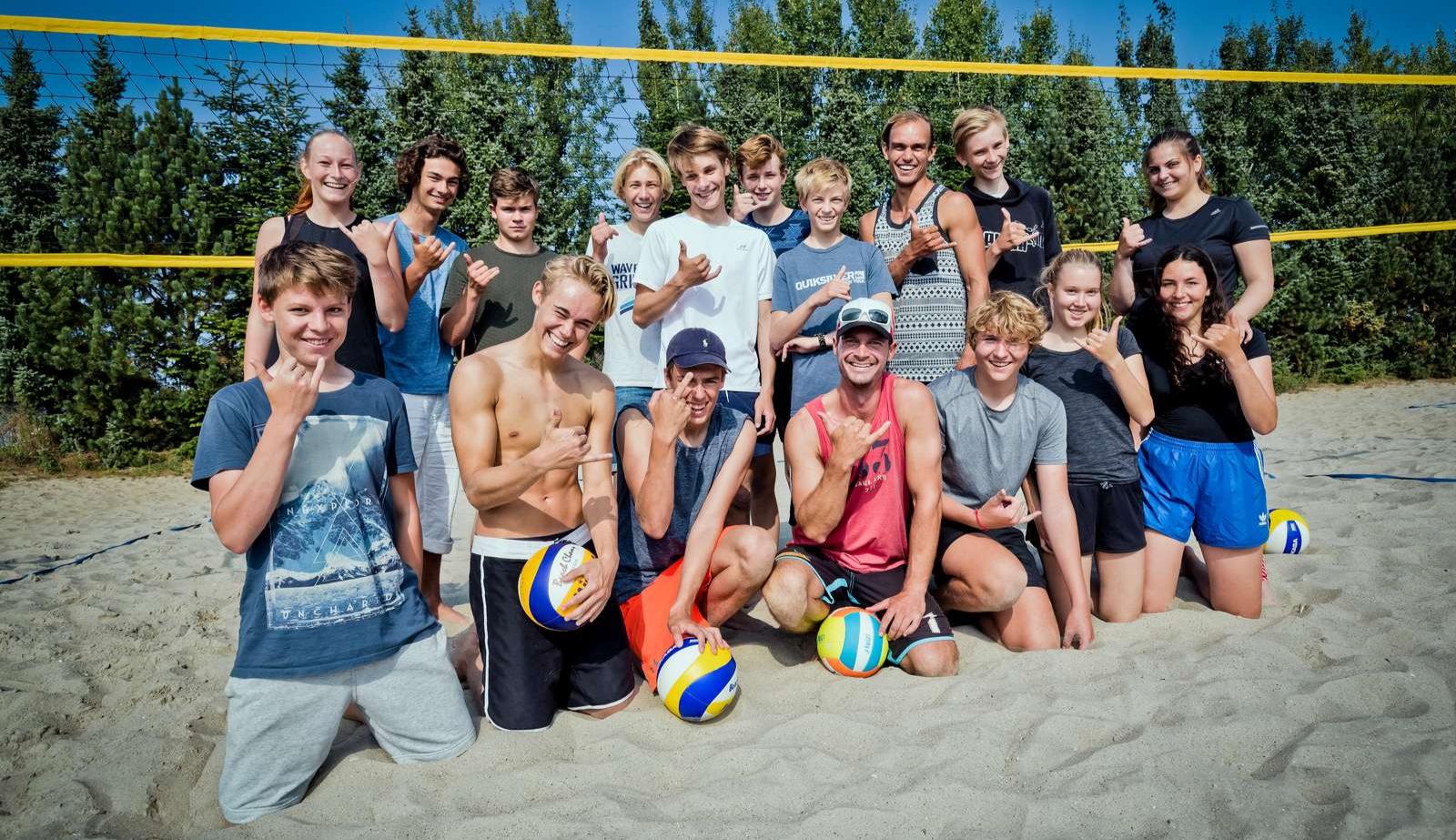 Header, Efterskole, Socialt billede, Beach volley