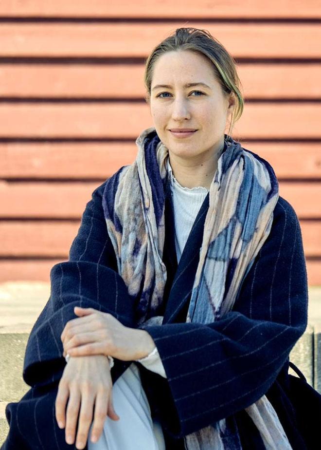 Cirkeline Dahl, Medarbejderbillede, Cropped