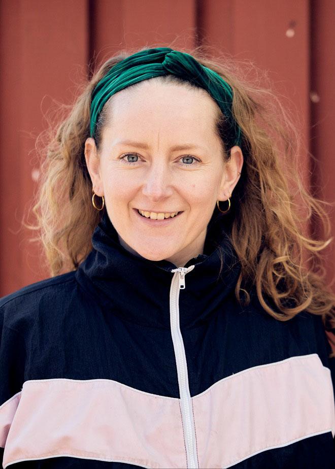 Viola Dröse,Medarbejderbillede, Cropped