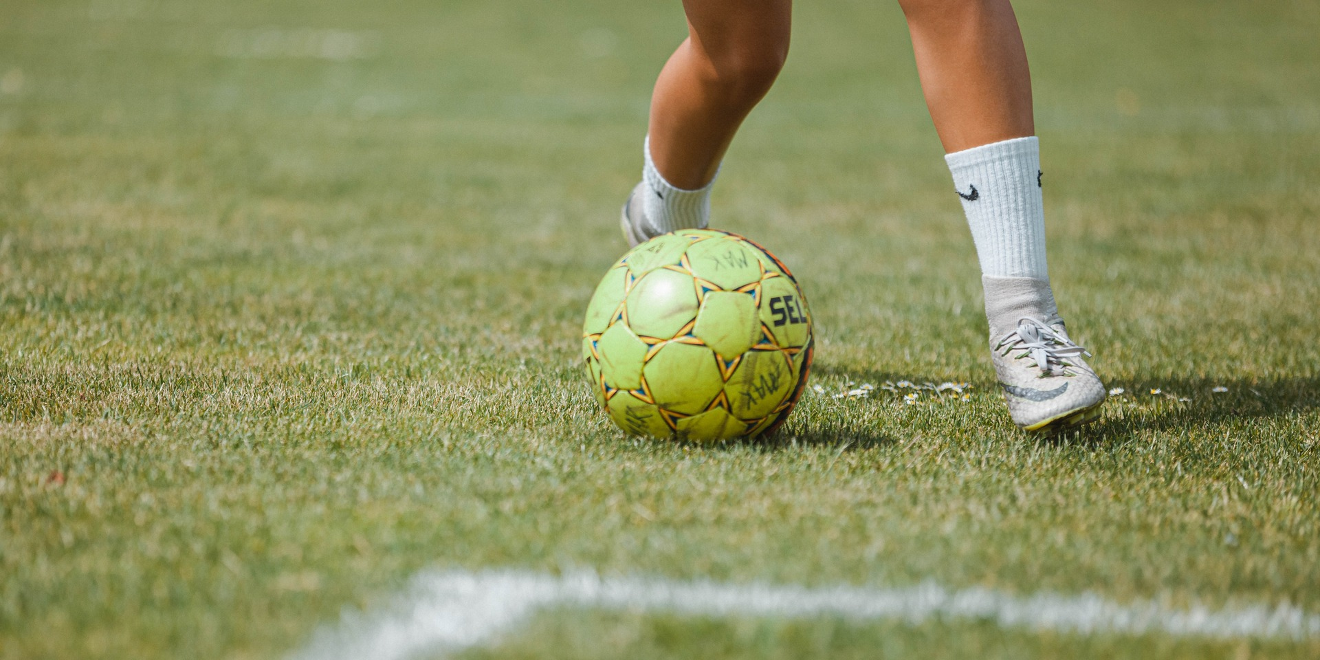 Header, Efterskole, Fodbold, Fodboldpiger
